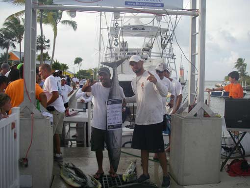 Fishing charters in grand cayman just n time charters for Deep sea fishing grand cayman
